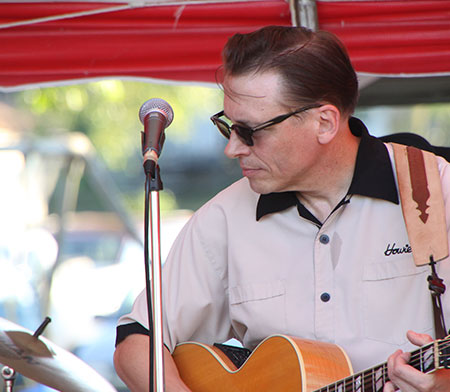 Harlan Days music performer